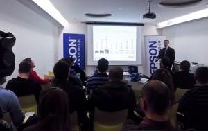 Epson press event 2 300x189 Još jedna uspešna godina za EPSON