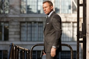 Skyfall 12 300x200 Pozivni za London je 007!
